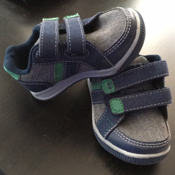 Surprize by stride rite Tanner Boy Toddler Blue Green Velcro sneakers